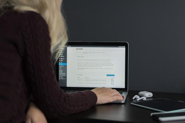 Czy strona oparta o WordPress to dobry pomysł?