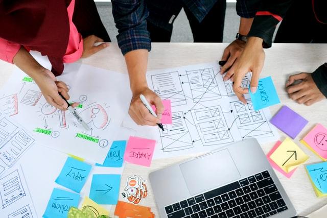 Czym jest user interface i czy bardzo różni się od user experience?